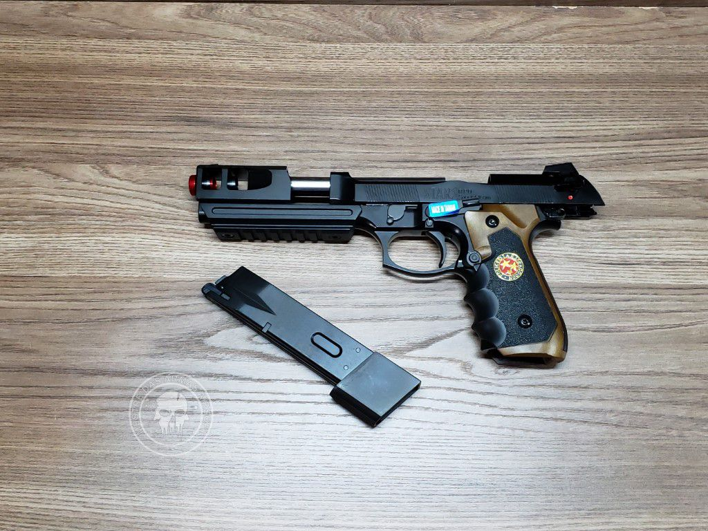Pistola Airsoft WE M92 Bio Hazard Barry Burton Bw V2