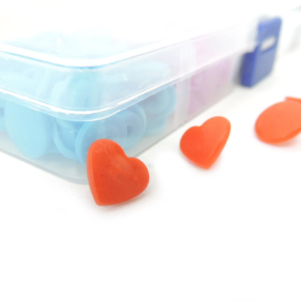 Kit de Botões De Pressão Coração Coloridos Tic Tac Sortidos Box Com 150 Botões