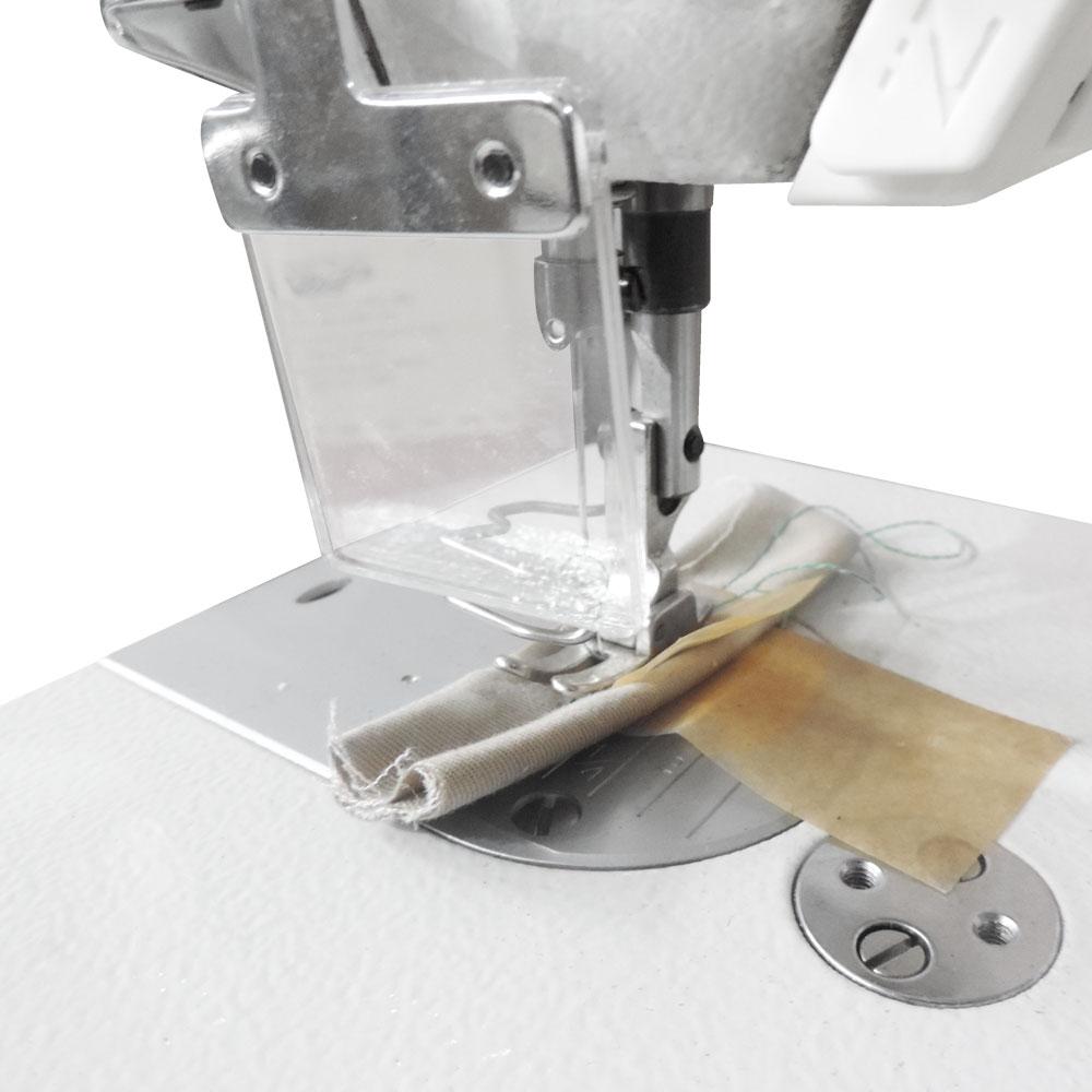 Máquina de Costura Industrial Reta com Corte de Linha W-2 DC1/E