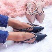 Flat Lucy Preta