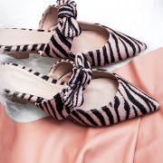 Mule Laço Alice Zebra Branca