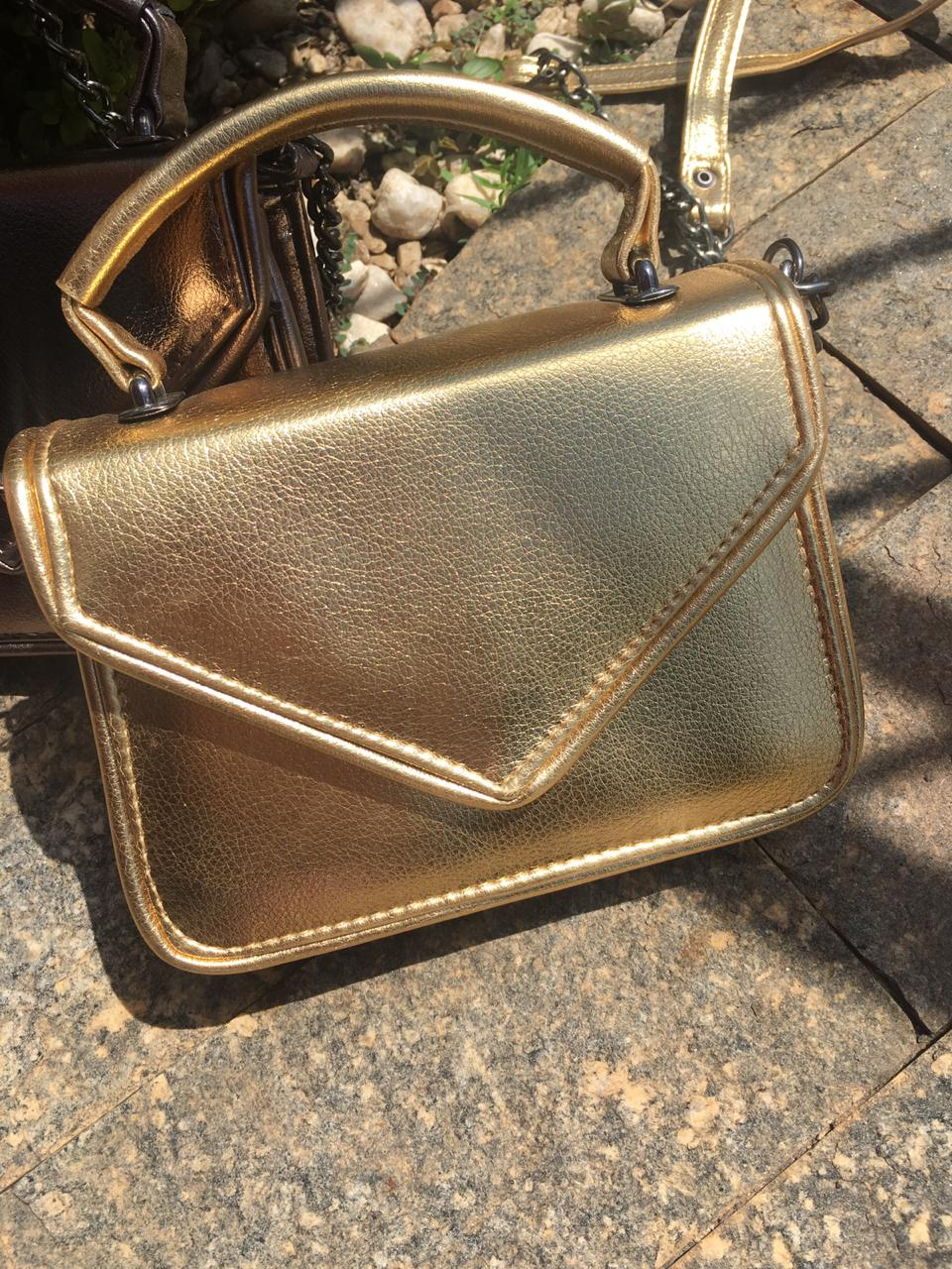Bolsa Metalizada Bia Ouro