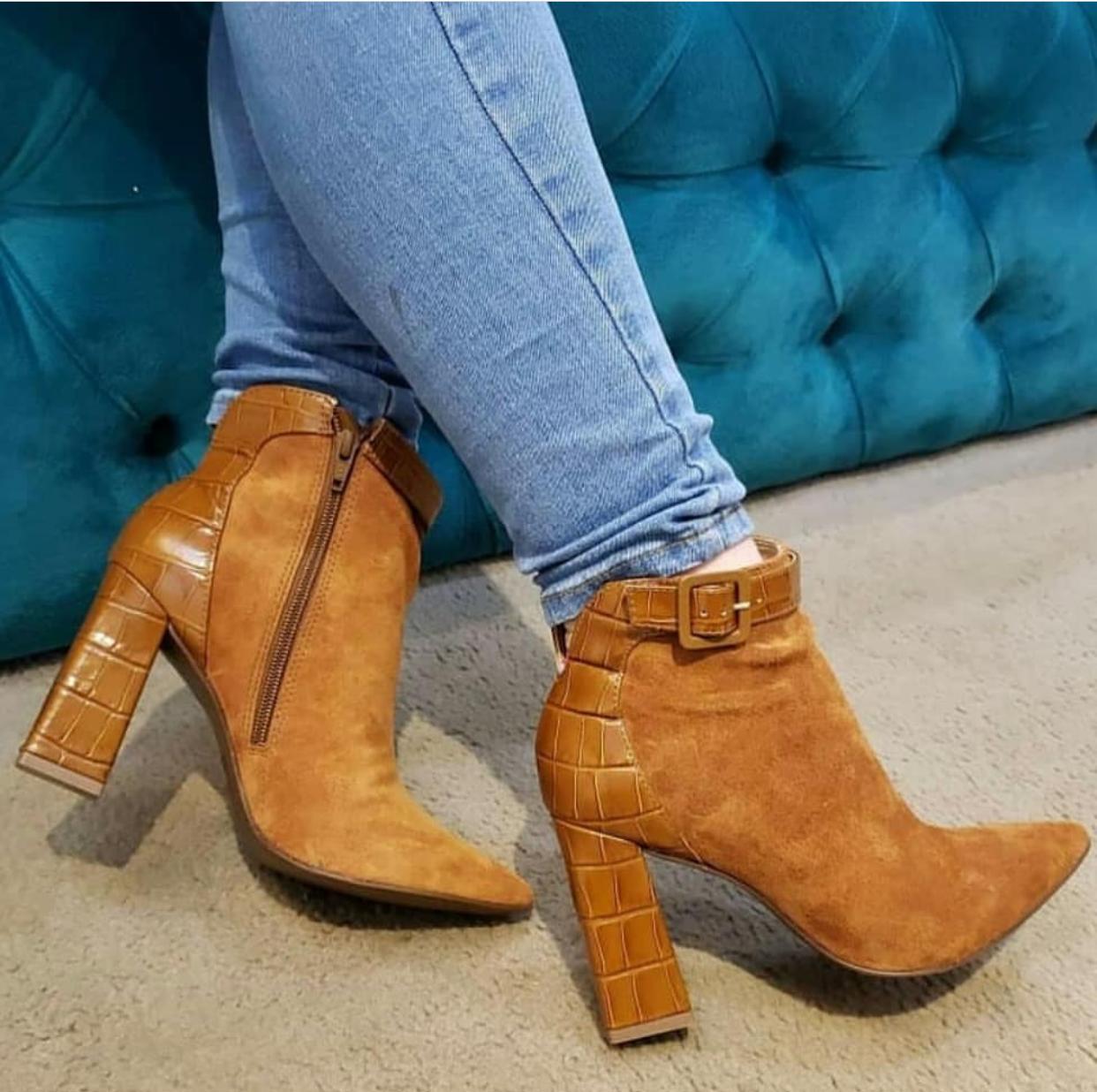 Boots Camurça