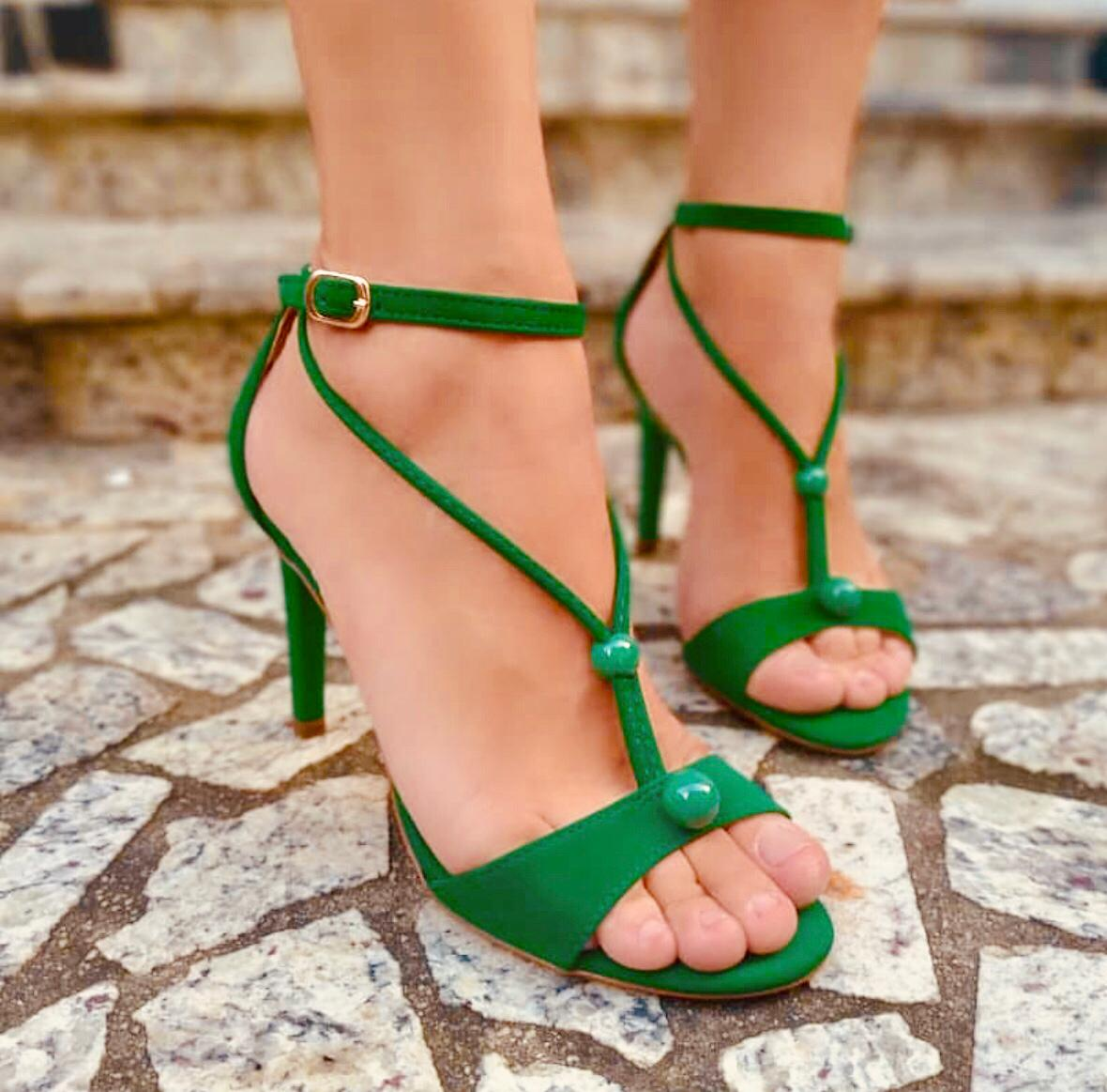 Sandália Lola verde