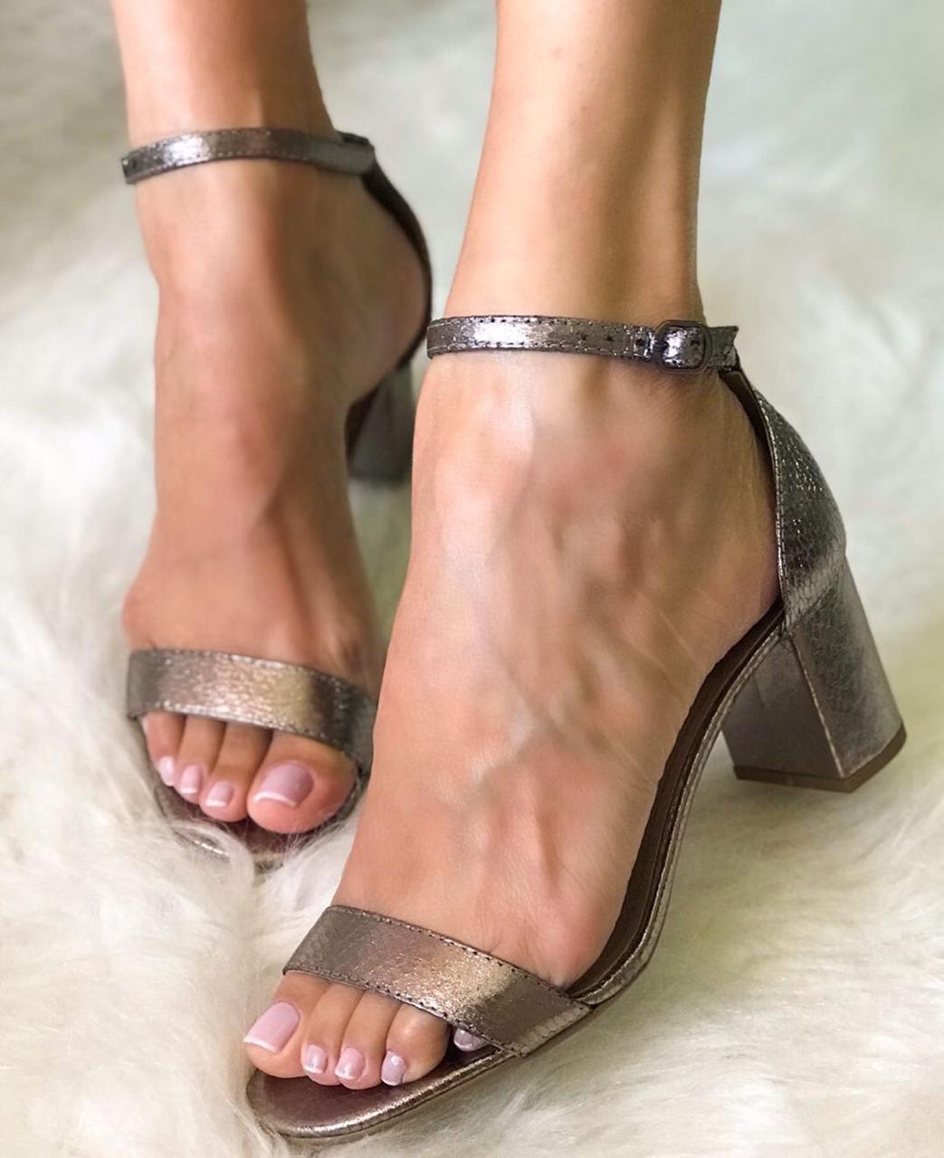 Sandália Suzy Prata Velho