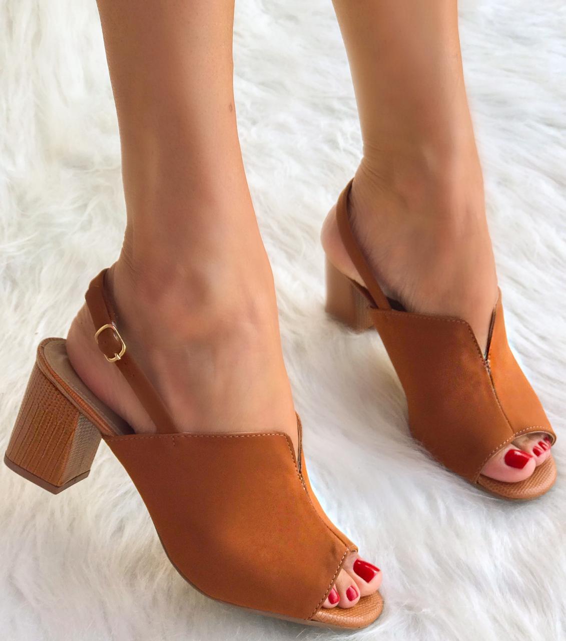 Sandália Tábata Caramelo