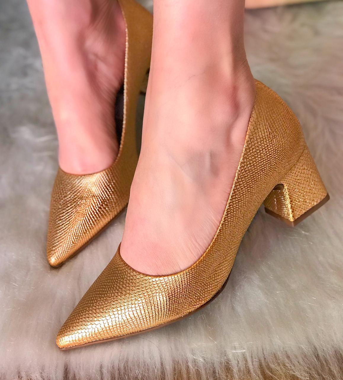 Scarpin Olívia Ouro Metalizado