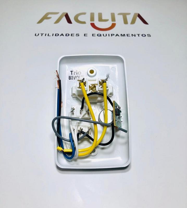 Chave Rotativa P/ Ventilador de Teto Com Luz e Tomada Bivolt