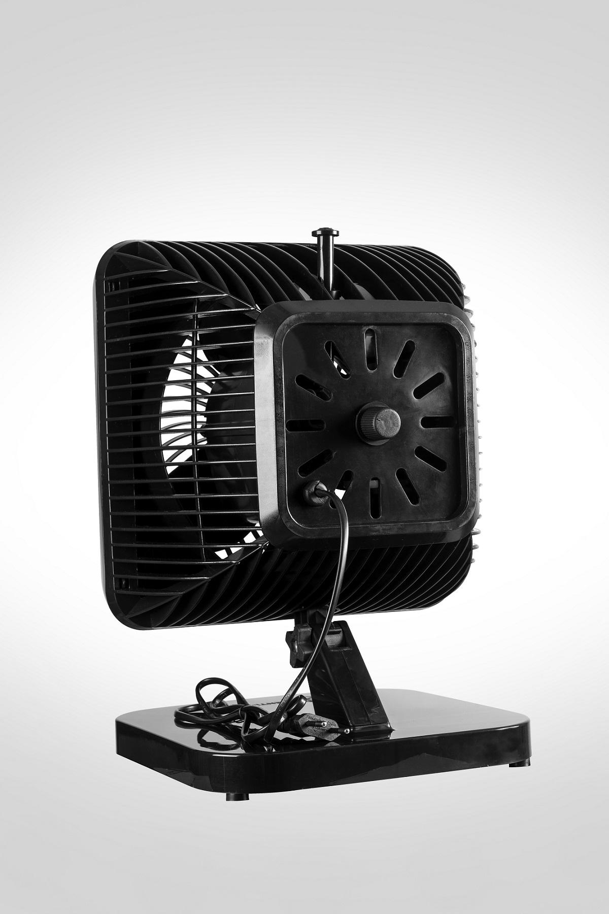 Ventilador Oscilante Turbi Venti Delta Preto  220v