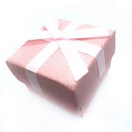 Caixinha para presente rosa acetinada com laço