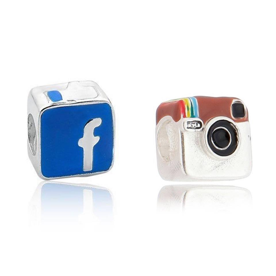 Berloque instagram ou facebook