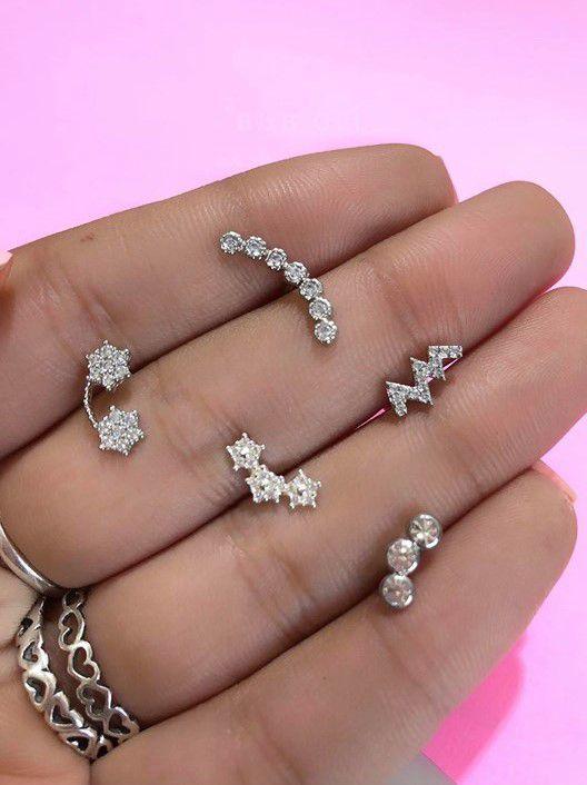 Piercing cluster com 7 zircônias cravação inglesa
