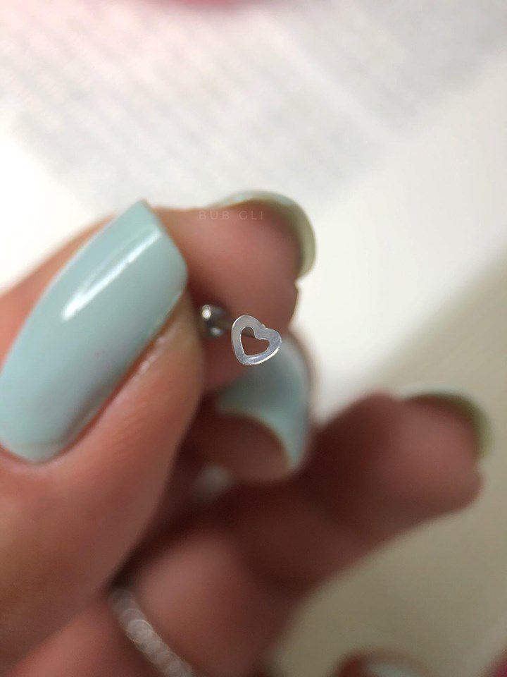 Piercing pequeno coração vazado Aço e Prata 925 ou folheado a ouro 18k