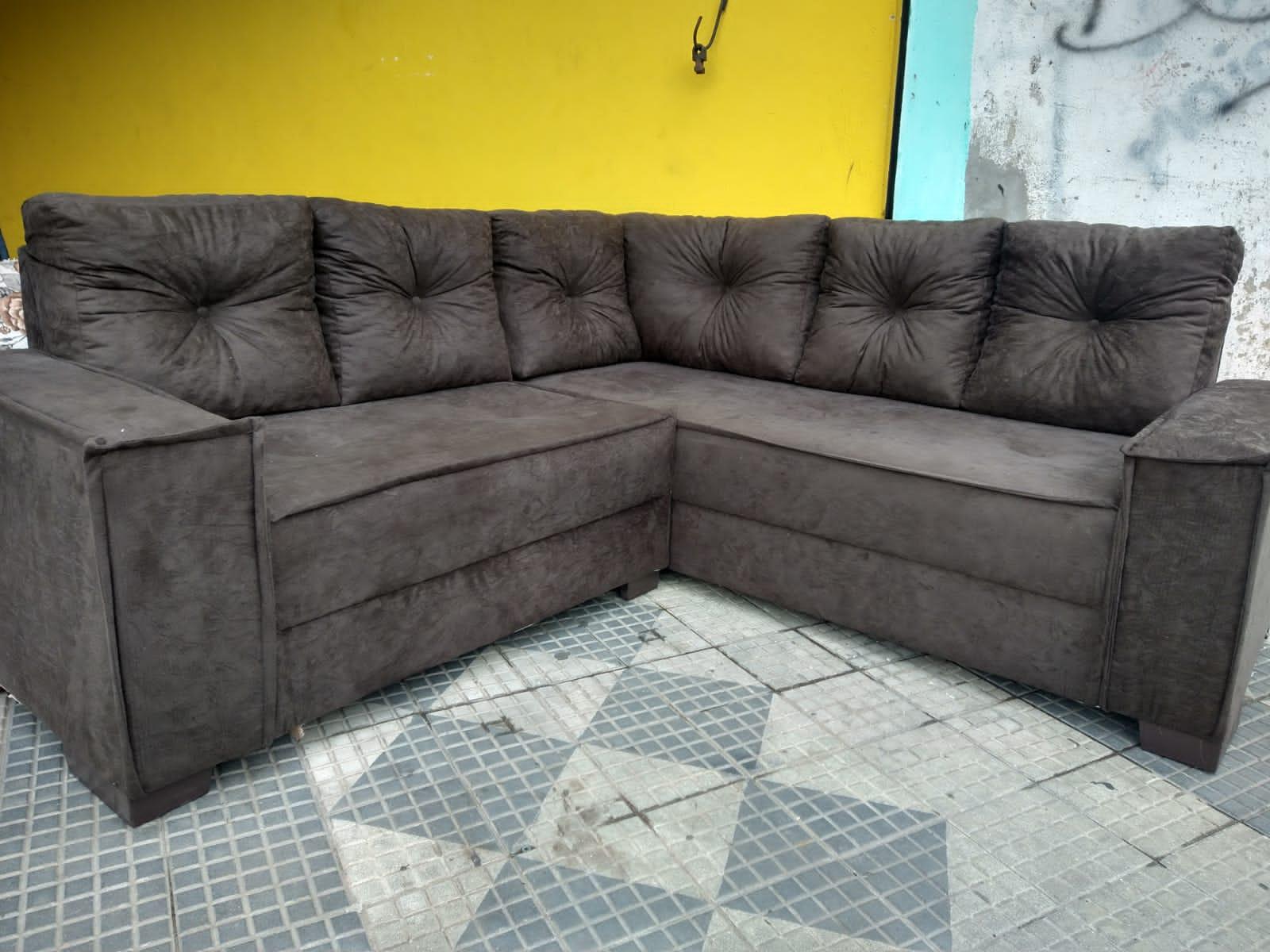 Sofá de canto Maria Tamanho 1,90 ×1,90 cm de comprimento