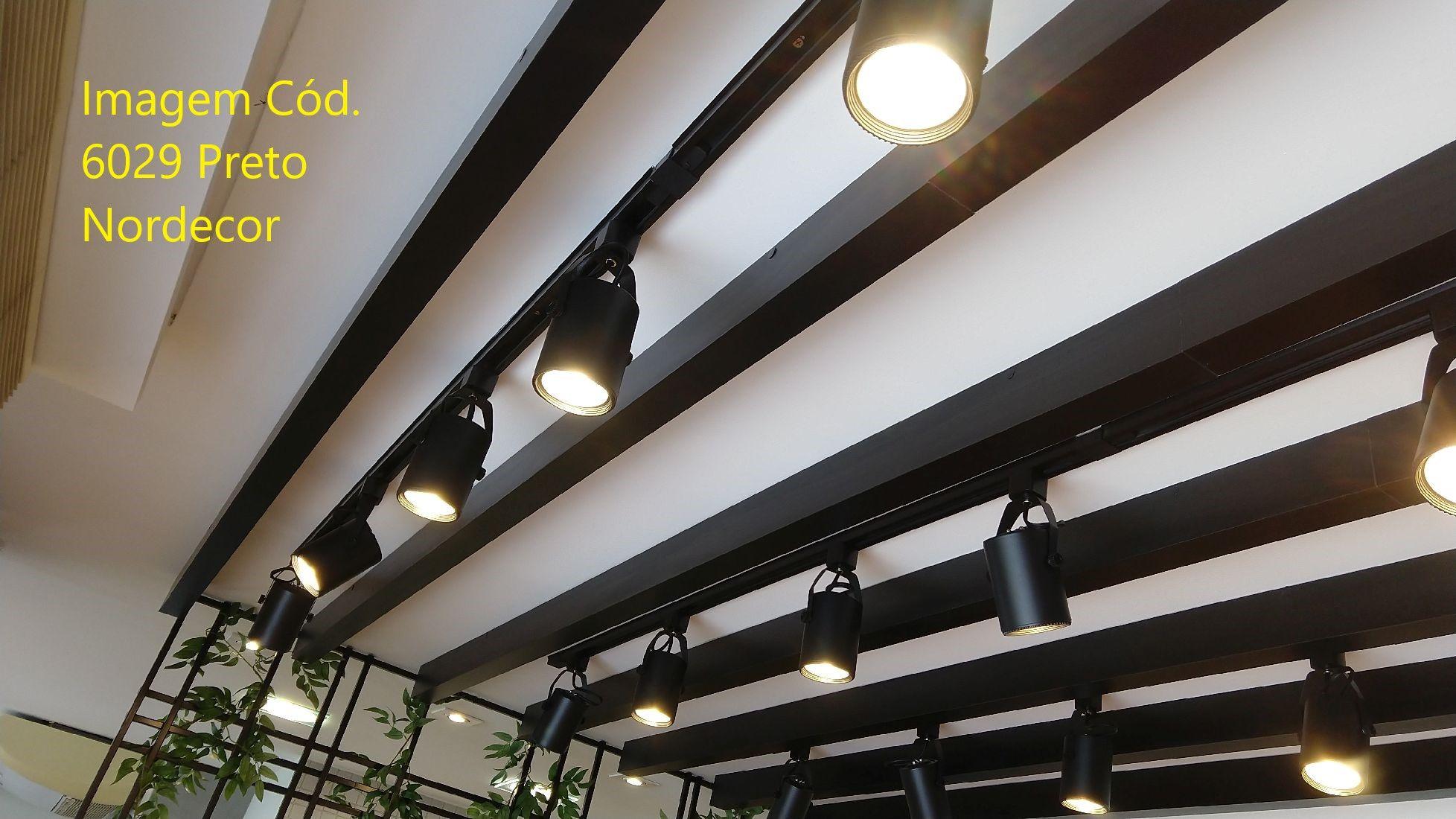 Kit Trilho Eletrificado 1m Preto Nordecor Lille + 3 Spot Par20 + Lâmp. Led Luz Quente
