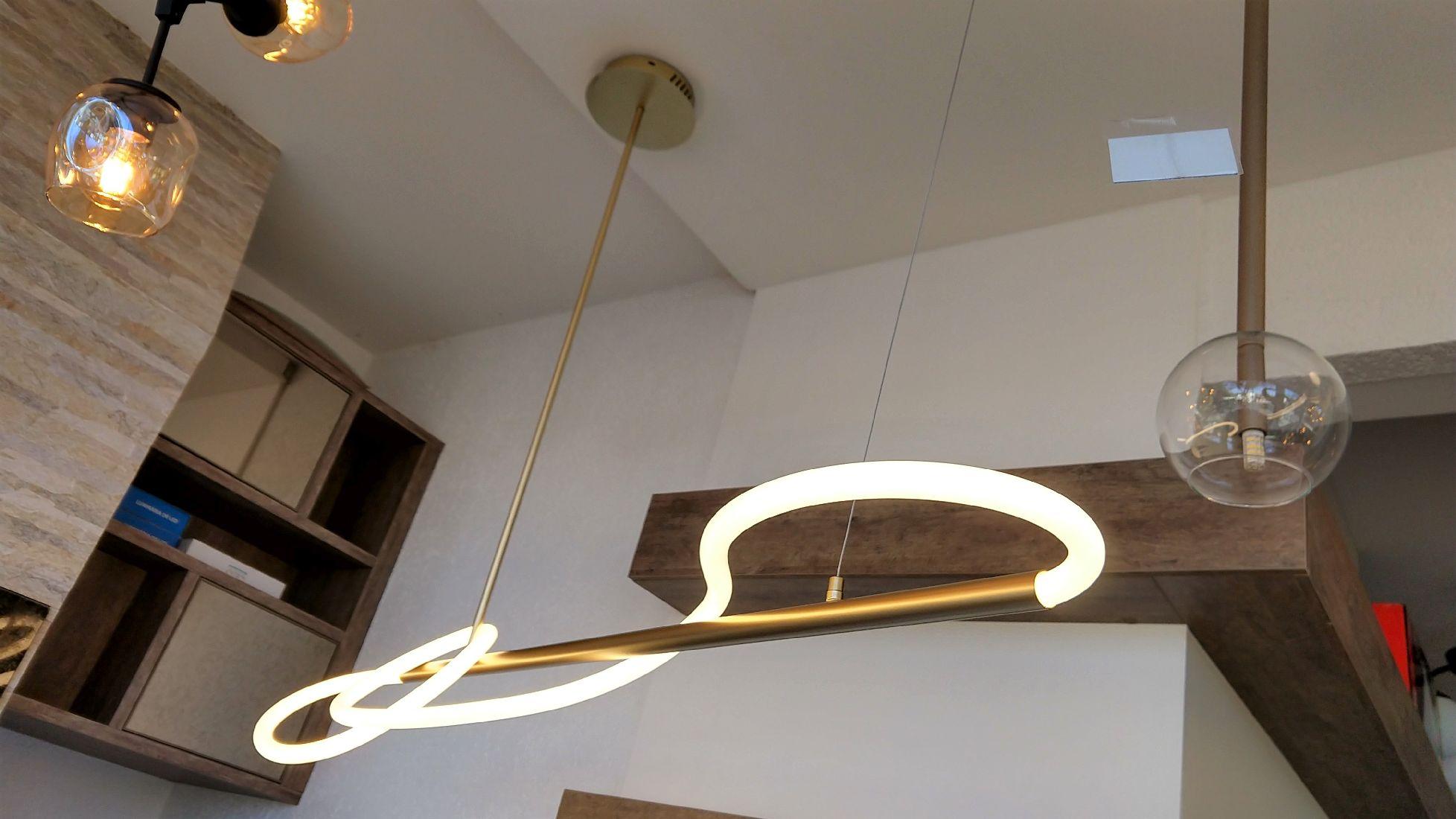 Pendente Led Moderno Dourado Mesa Bancada Balcão Sala Quarto