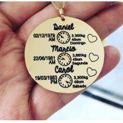 Colar Personalizado Medalha Dados do Nascimento 03 Filhos