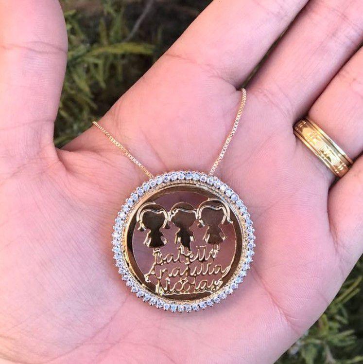 Colar Personalizado Medalha com Aro de Zircônia