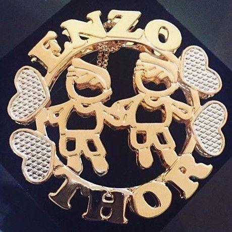 Mandala Personalizada com Nomes e Bonecos Vazados