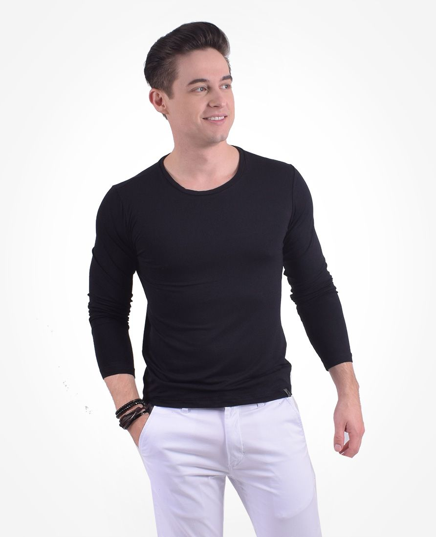Camiseta Masculina Gola Redonda Preta