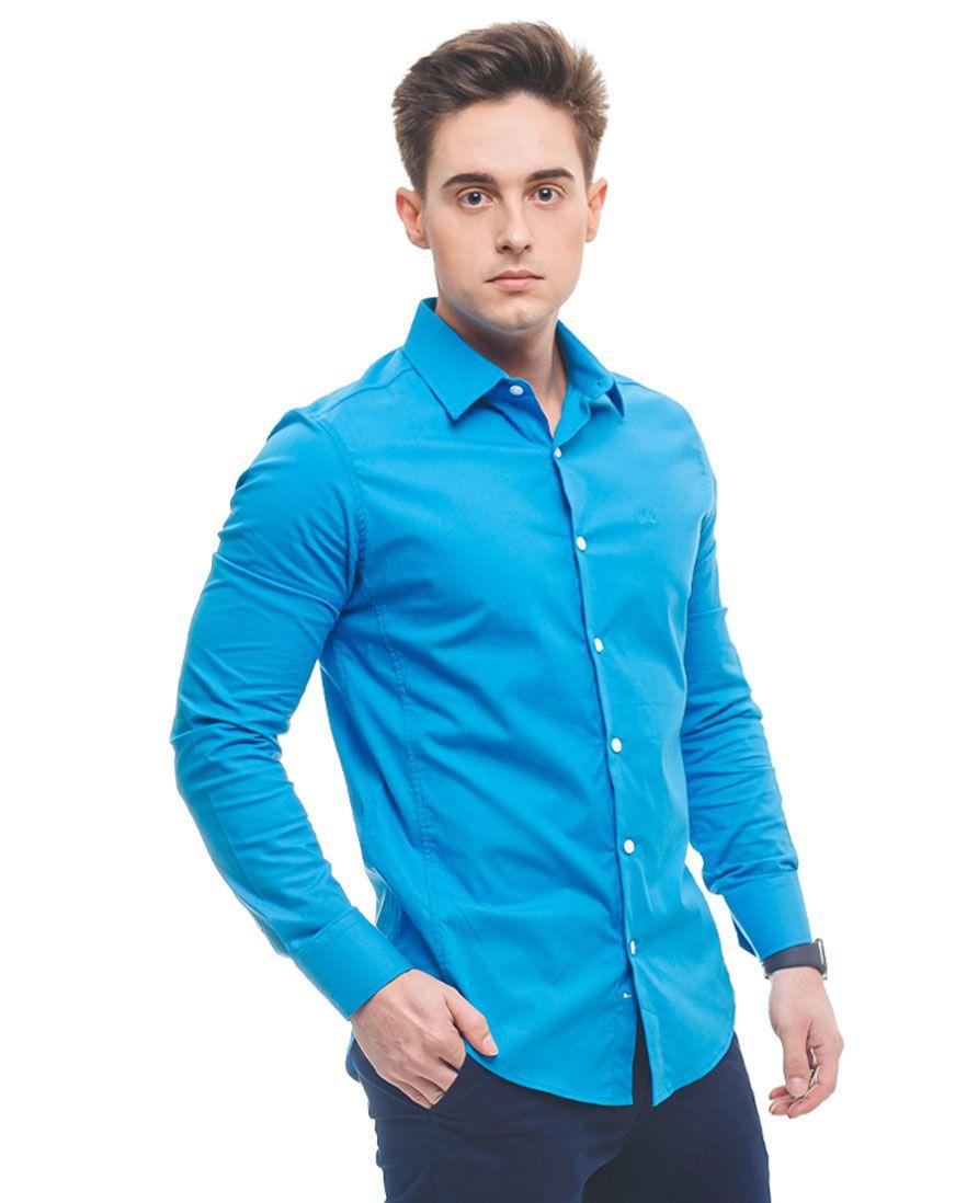 Camisa Social Azul com Calça Jeans