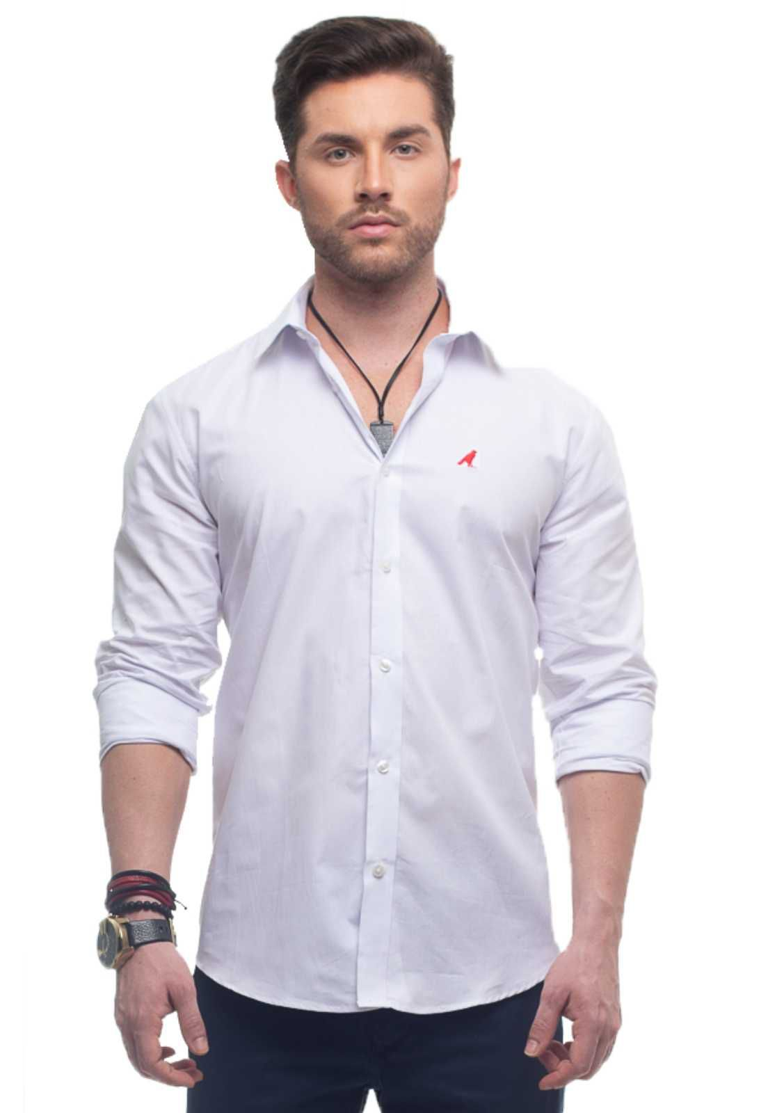 Camisa Social Branca com Calça Jeans