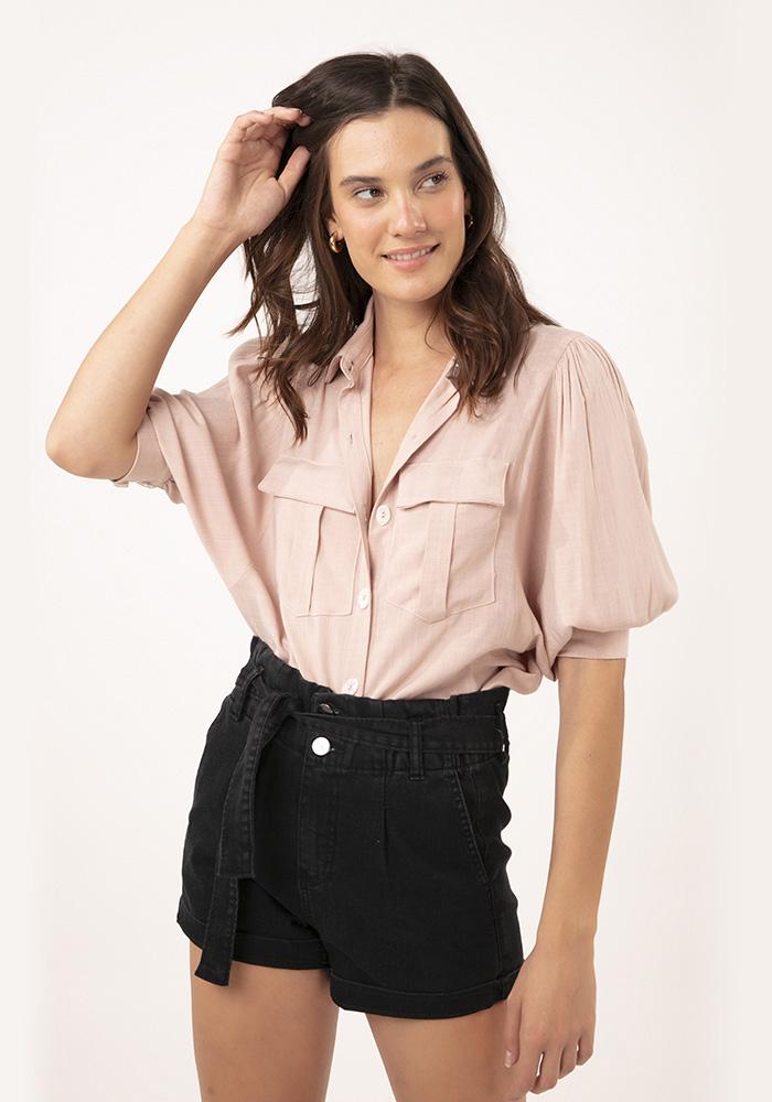 Camisa com Bolsos Linho It Areia