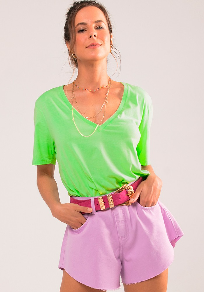 Camiseta Decote V Malha Color