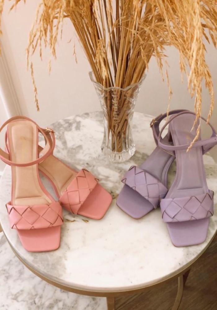 Sandália trançada Colors Chuá