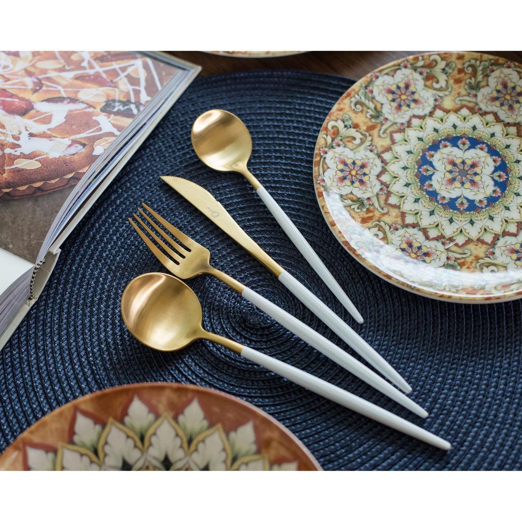 Faqueiro Oxford em Inox Branco e Dourado 16 peças Garbo Catarina