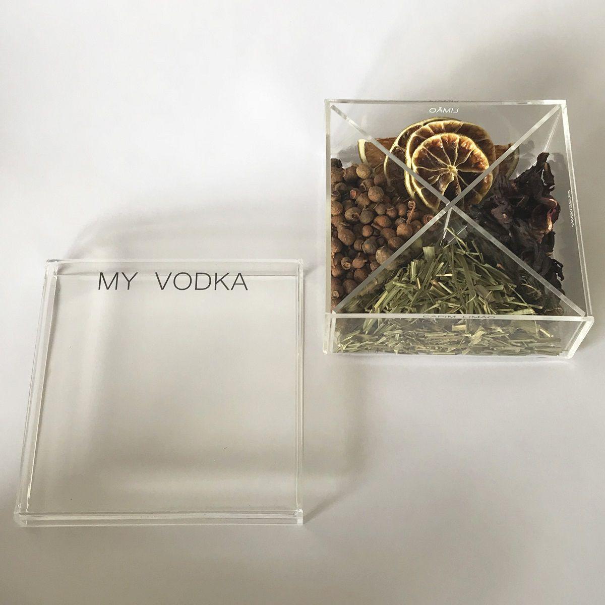 Caixa de Especiarias para Drinks My Vodka em Acrílico Pequena