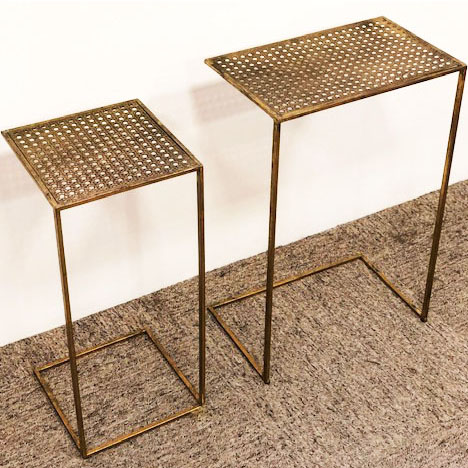 Conjunto de Mesa Lateral Treliça em Metal Dourado 2 Unidades