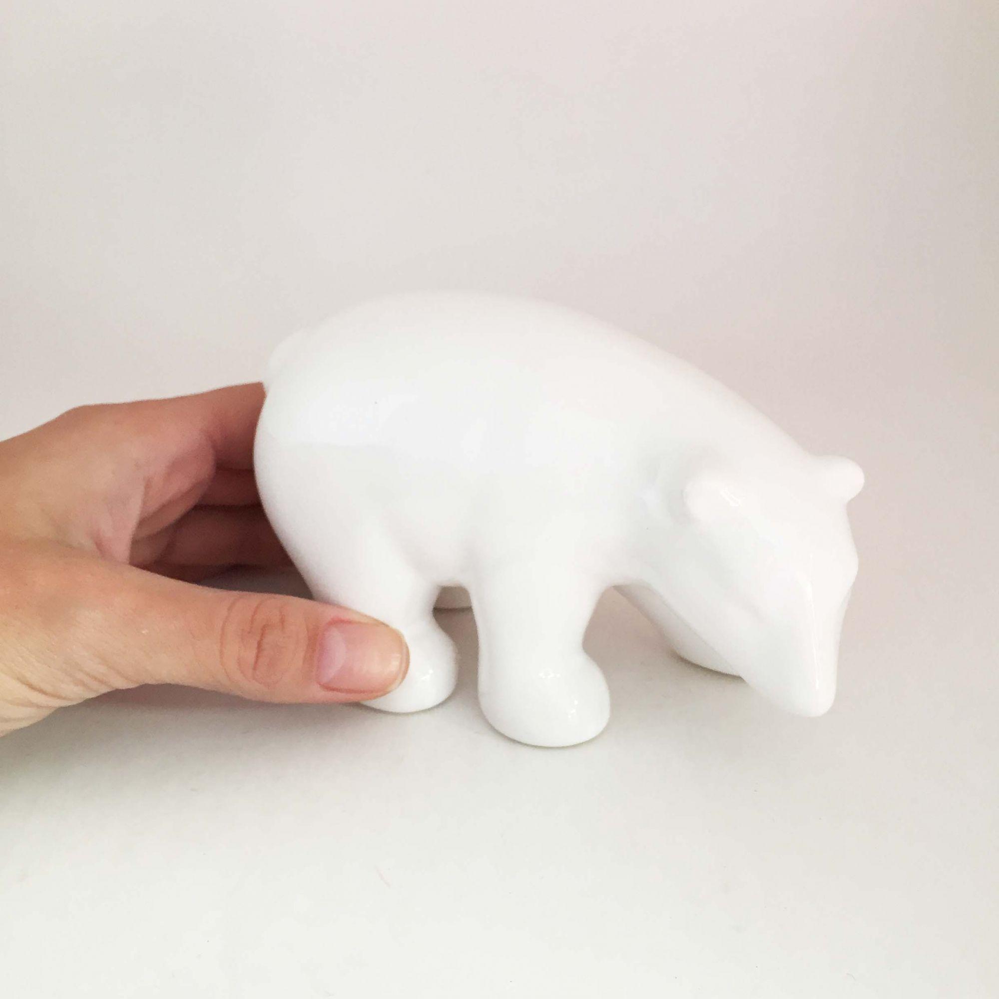 Enfeite em Cerâmica Urso Branco Médio