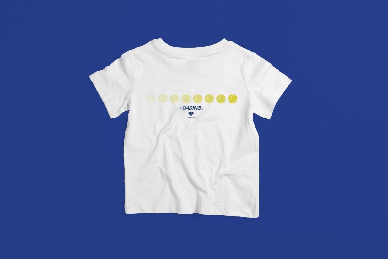 Camiseta CARREGANDO... (horizontal) >>  2 a 14 anos