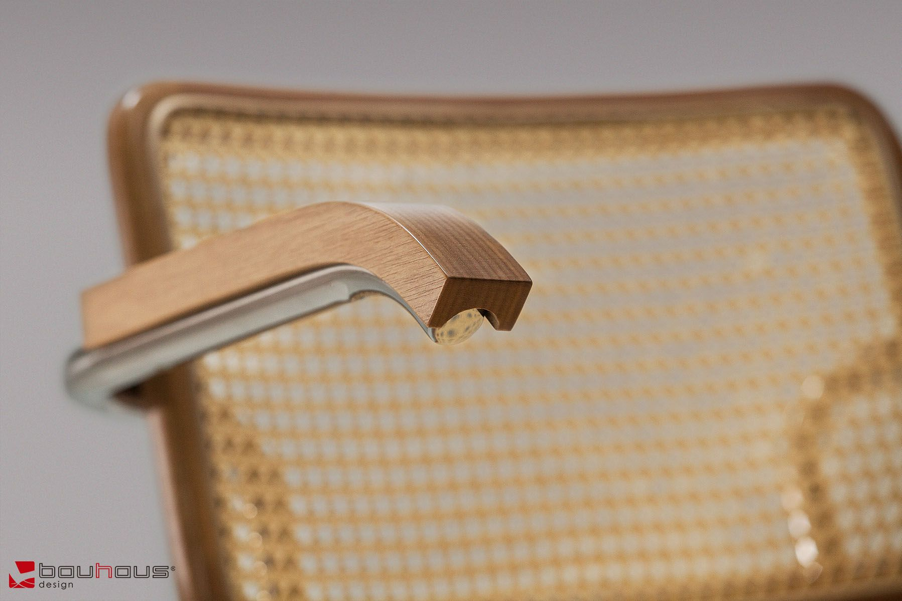 Cadeira Cesca com braços