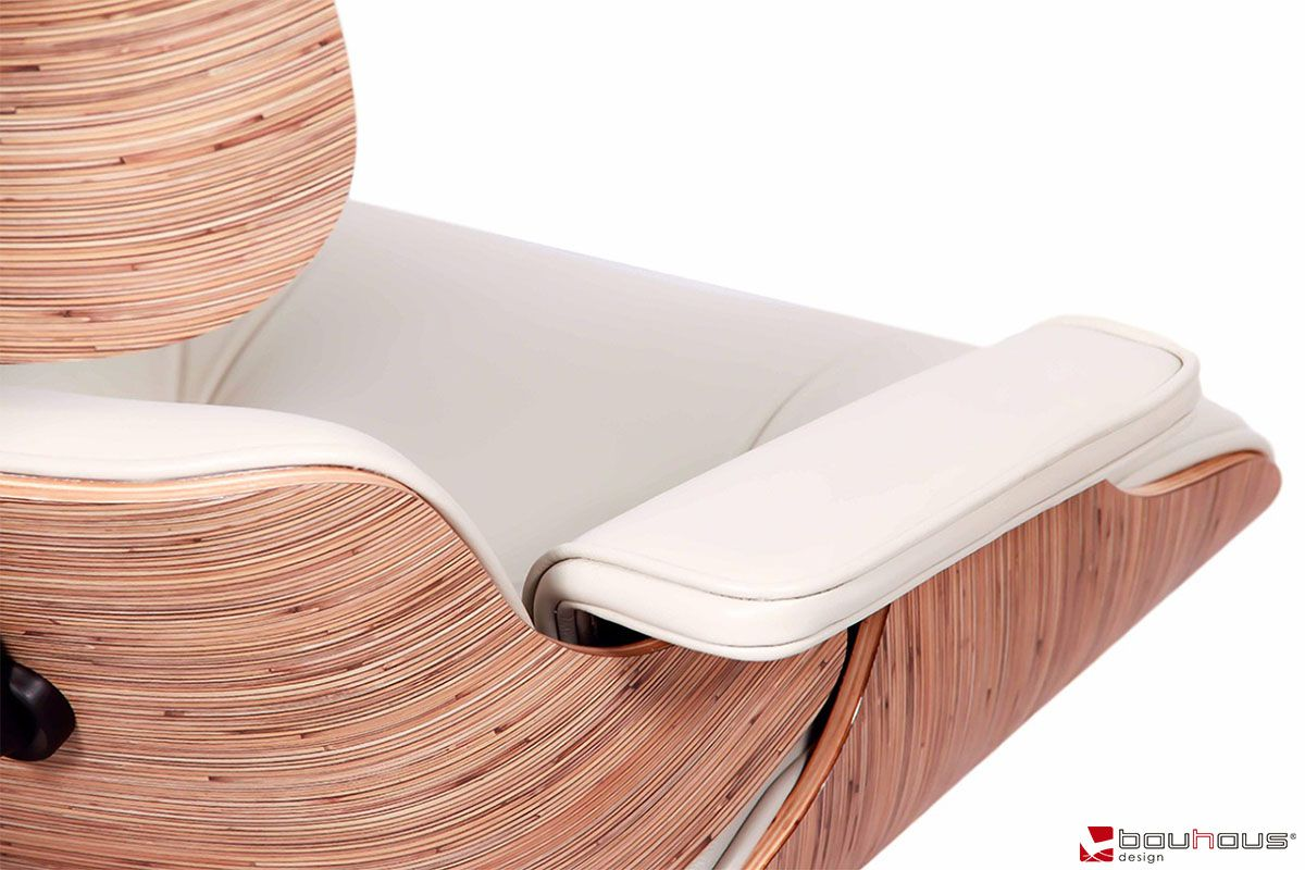 Poltrona Charles Eames - Couro Natural