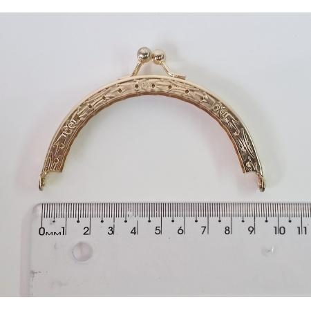 Armação Redonda 9cm x 5cm Desenhada c/ furos p/ costura Latonada