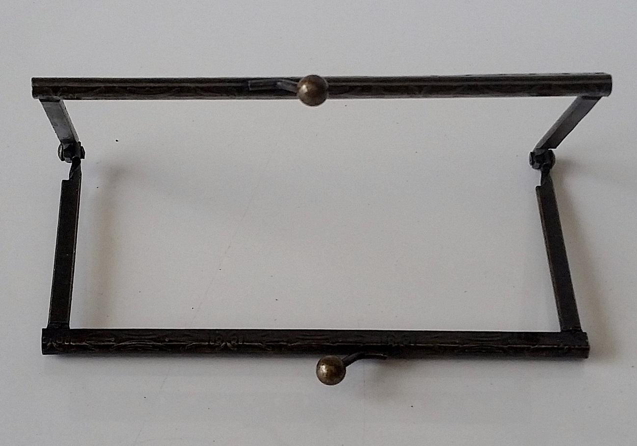 Armação 12cm x 6cm Desenhada c/ furos p/ costura Ouro Velho
