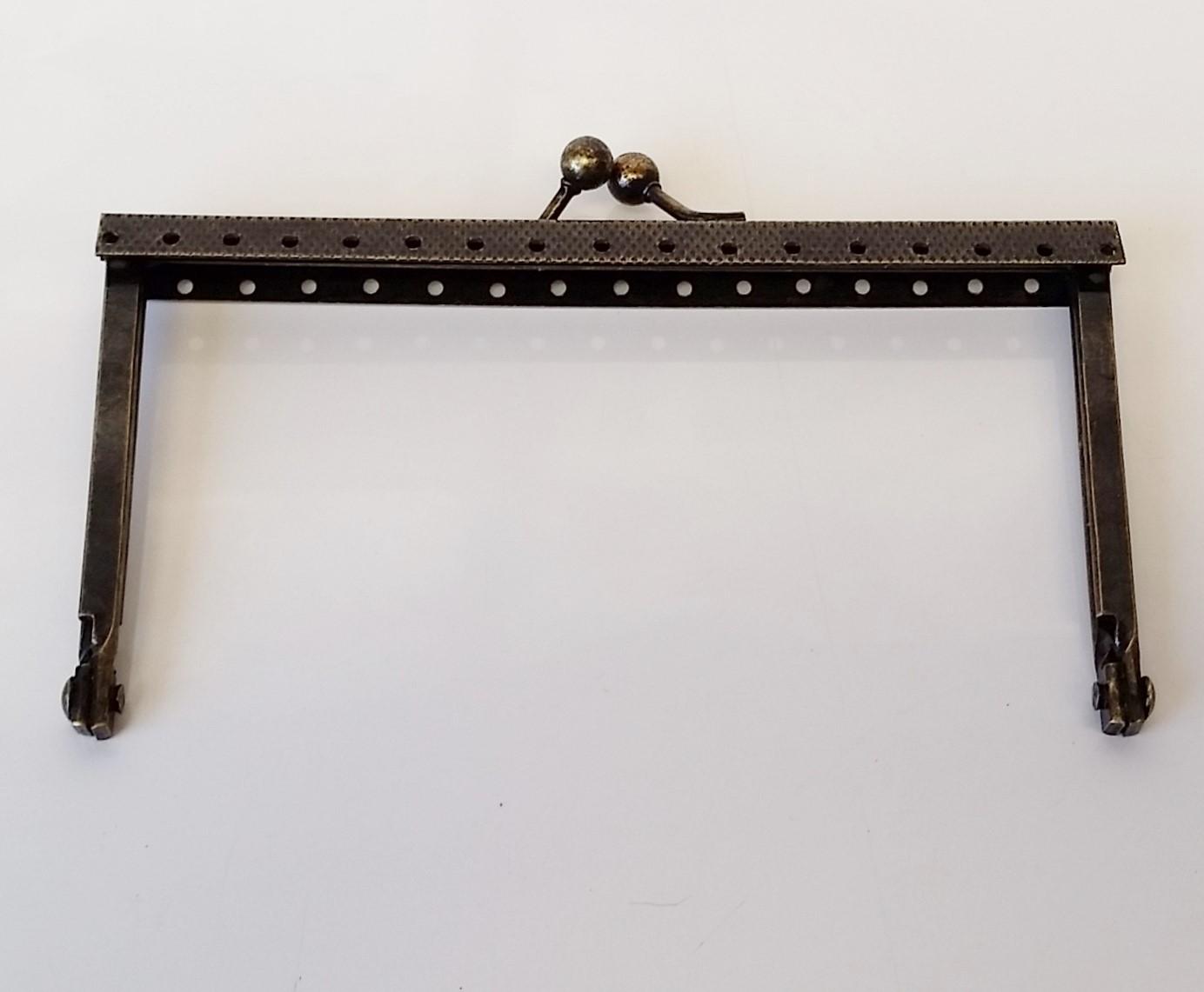Armação 12cm x 6cm Gravada c/ furos p/ costura Ouro Velho