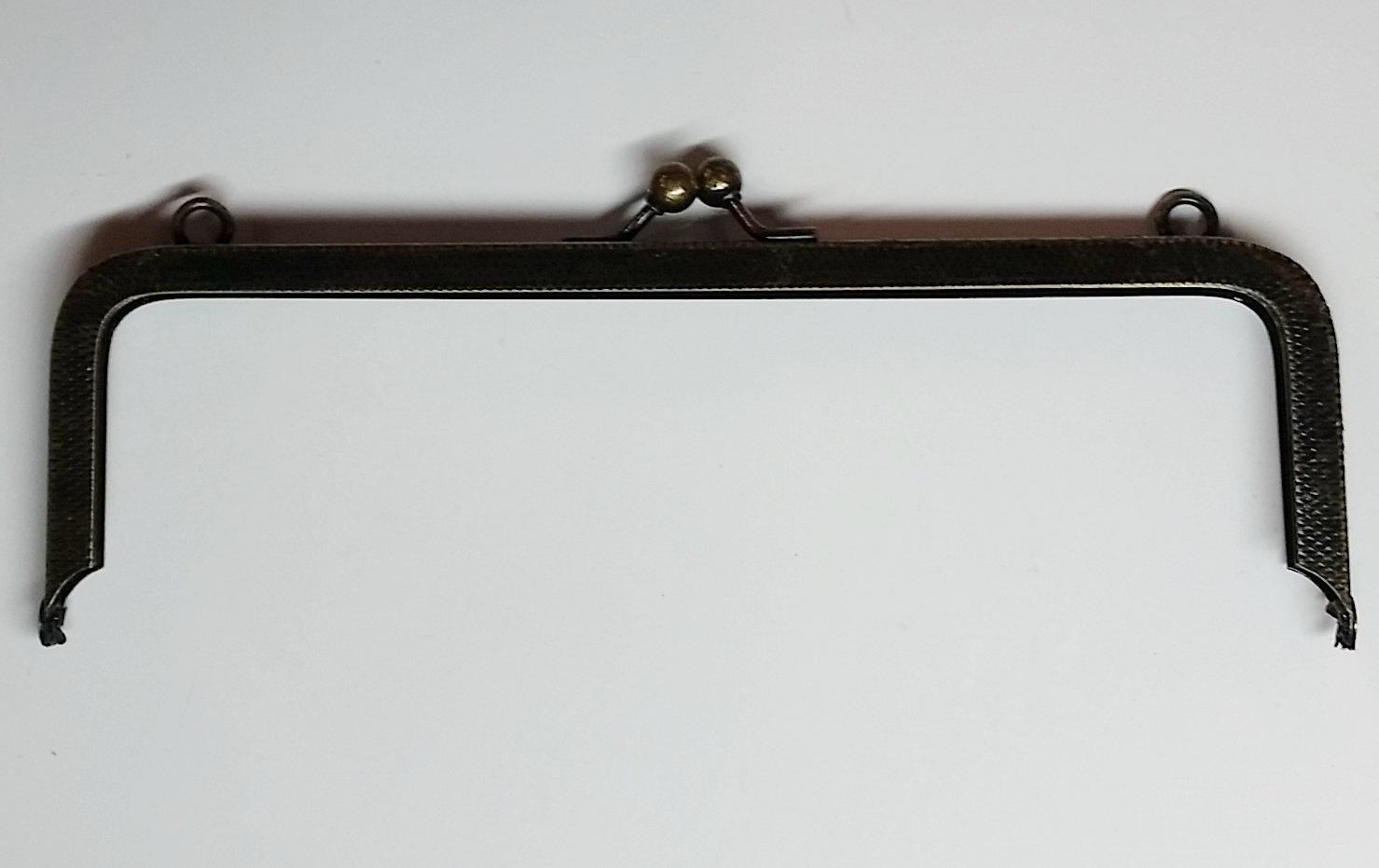 Armação 16cm x 5cm c/ argolas Ouro Velho