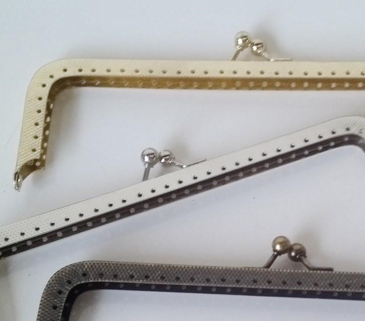 Armação 16cm x 5cm c/ furos p/ costura Latonada