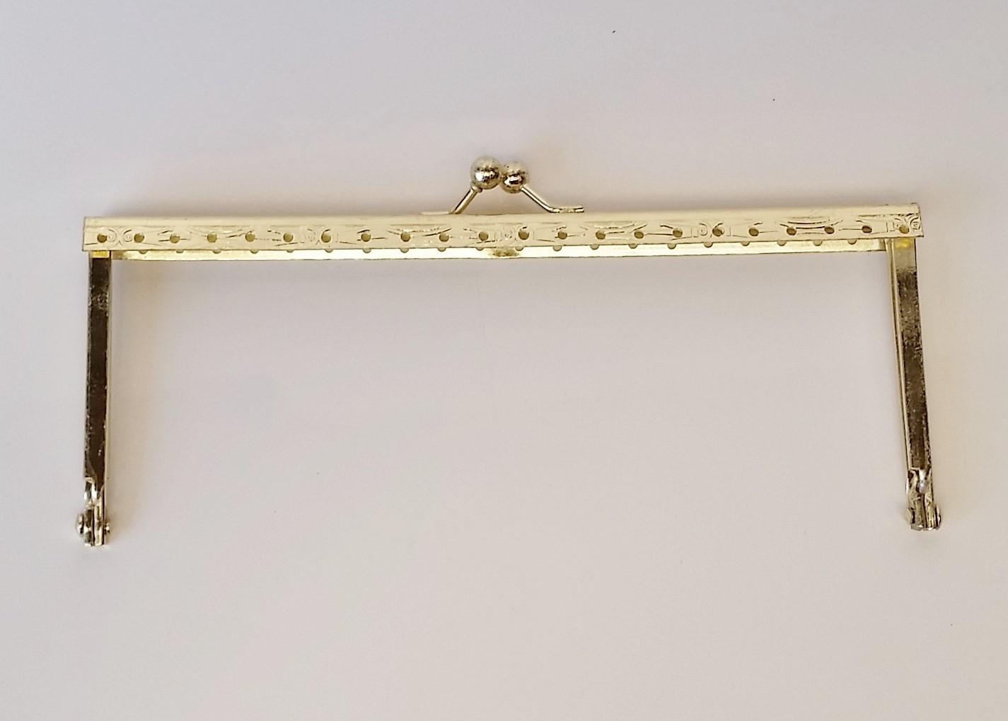 Armação 16cm x 6cm Desenhada com furos p/ costura Latonada