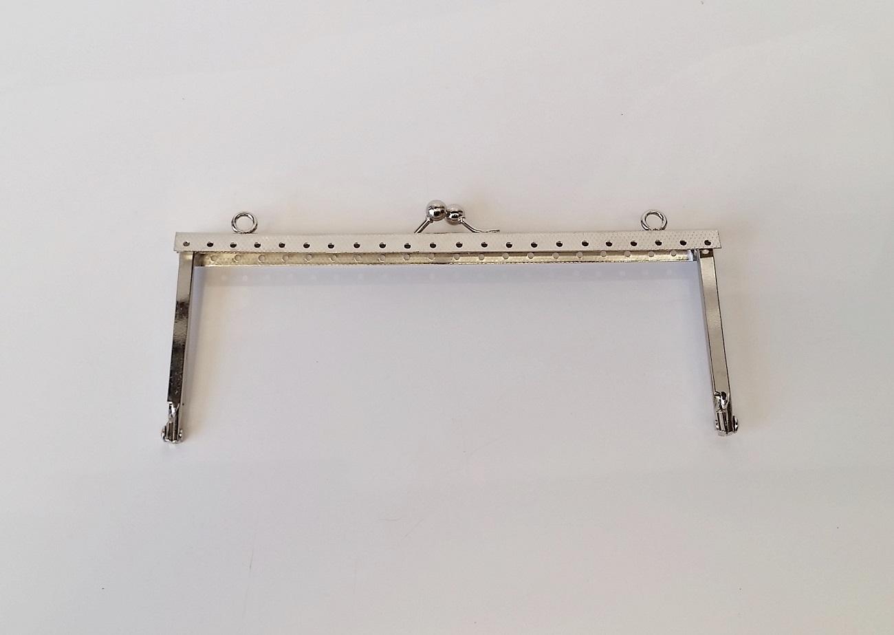 Armação 16cm x 6cm Gravada c/ furos e argolas Niquelada