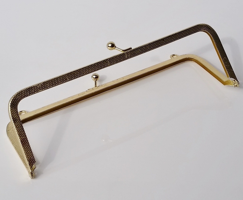 Armação 18cm x 6cm c/ argolas Latonada