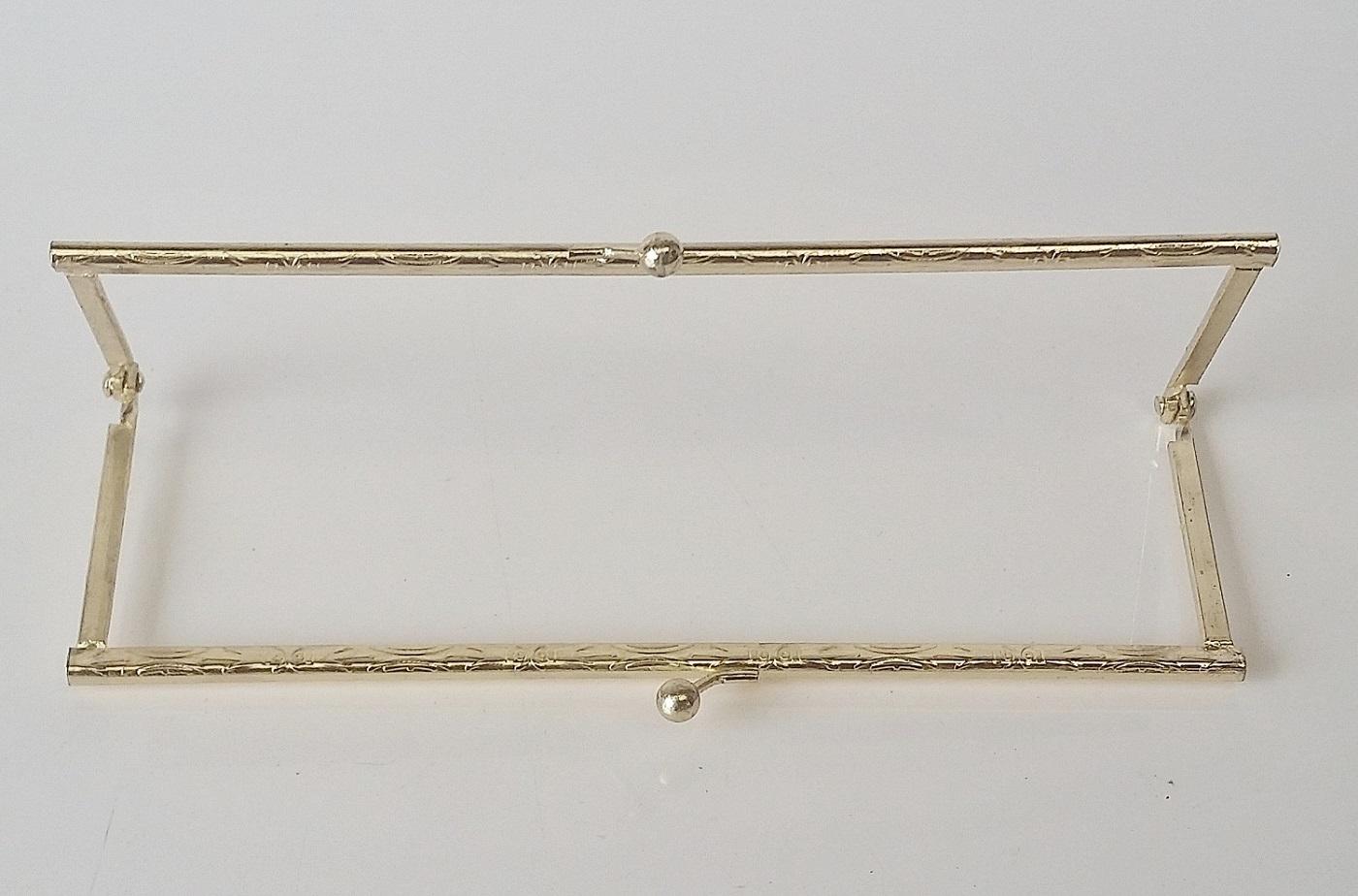 Armação 18cm x 6cm Desenhada c/ furos p/ costura Latonada