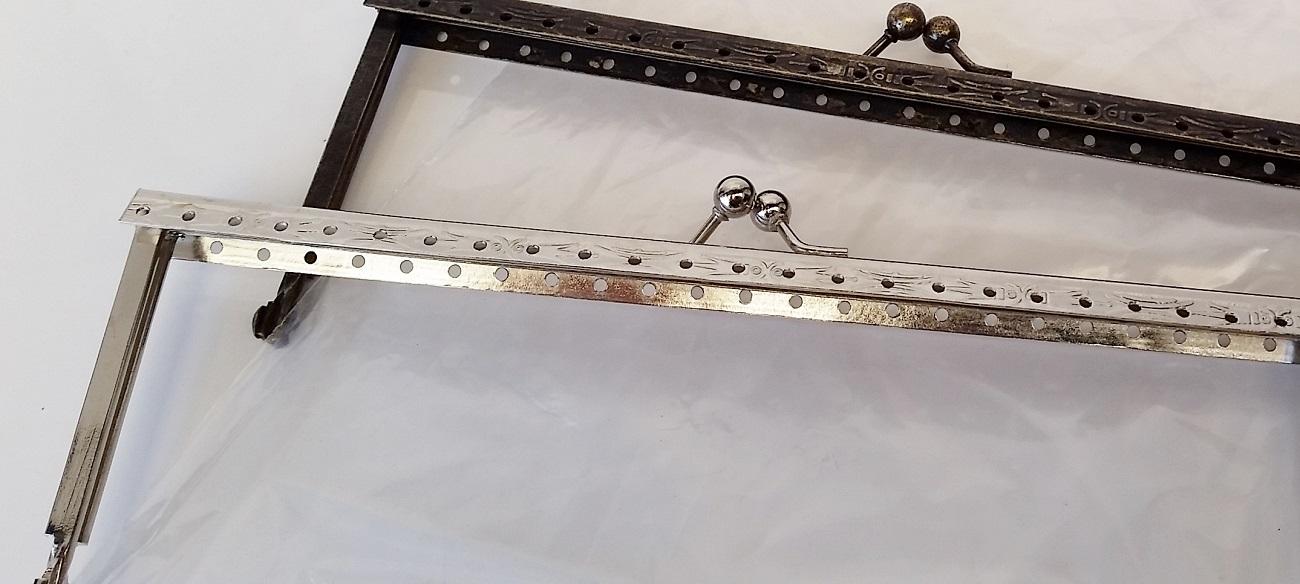 Armação 18cm x 6cm Desenhada c/ furos p/ costura Ouro Velho