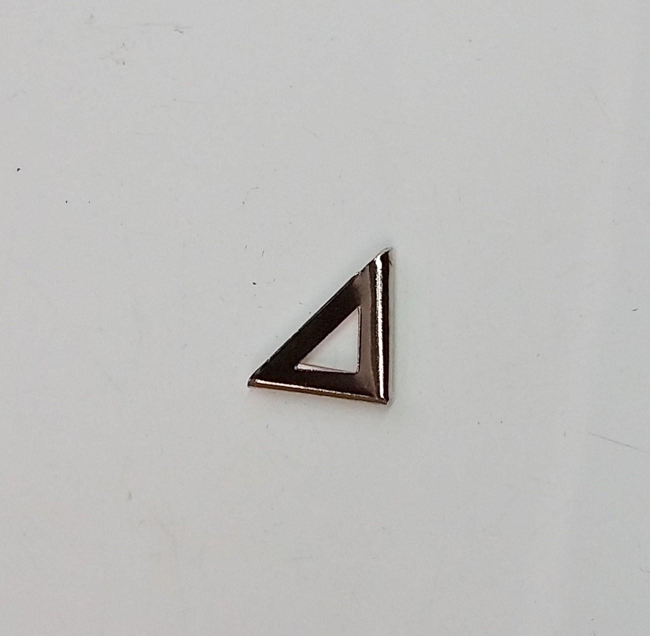 Cantoneira 15mm x 15mm Triângulo Niquelada