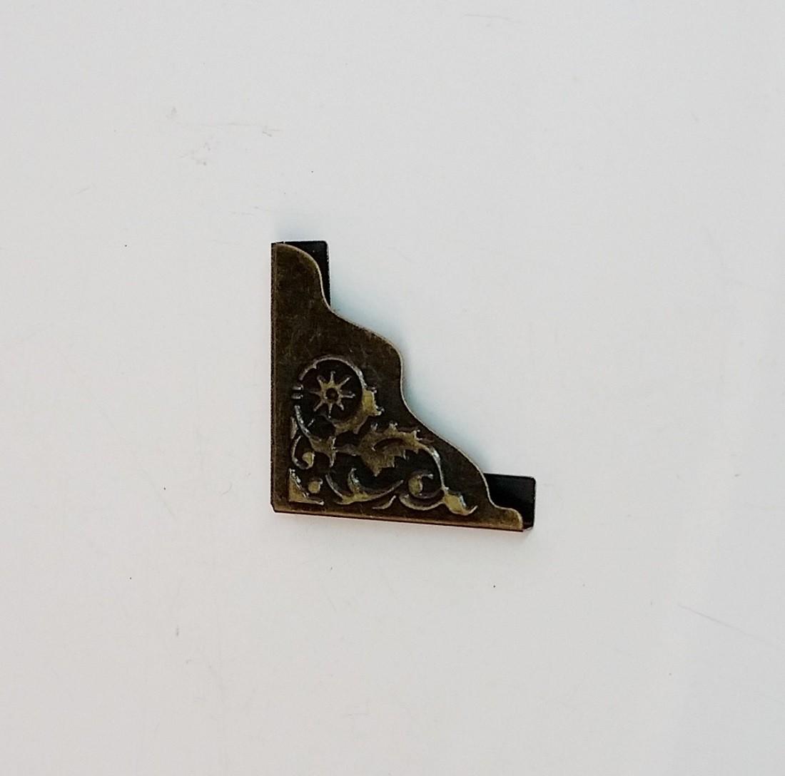 Cantoneira 24mm x 24mm Ouro Velho