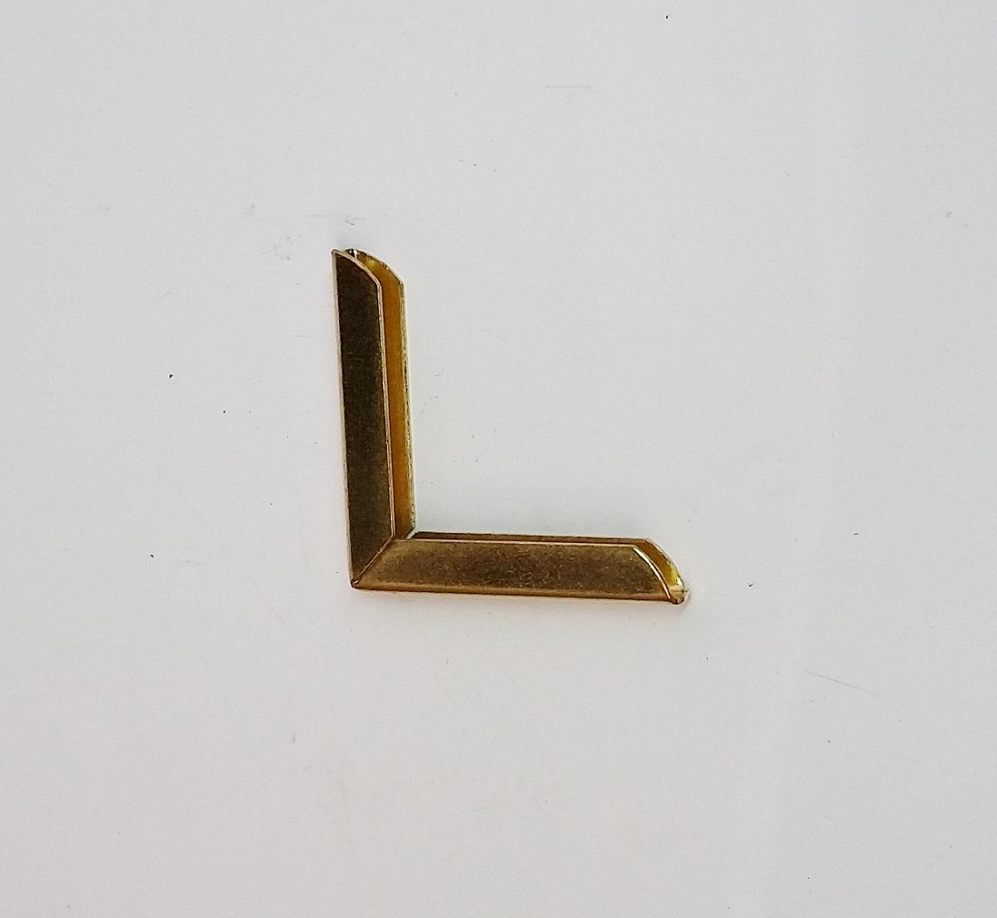Cantoneira 30mm x 30mm Latonada