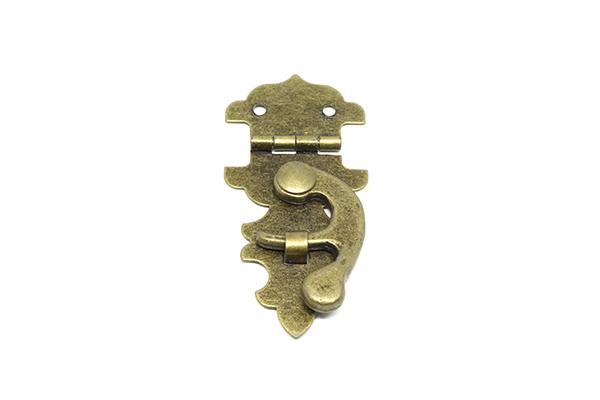 Fecho Colonial 28mm x 58mm Ouro Velho